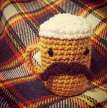 Ravelry: Beer bottle and can (Cerveja garrafa e lata) pattern by Adriana  Gori | 224x222